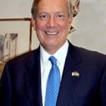 George Pataki, fd guvernör New York Ställer upp