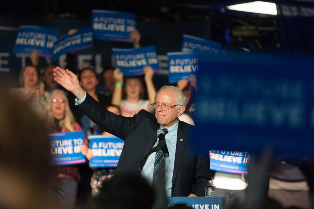 Bernie Sanders på kampanjmöte i Michigan. (Foto: Todd Church.  CC BY 2.0)