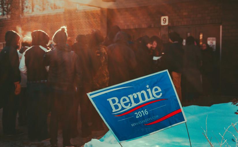 Bernie vann Alaska, Hawaii och Washington