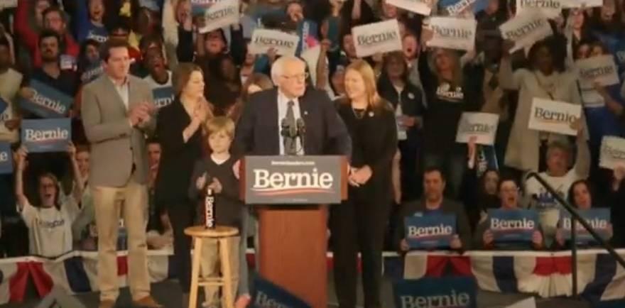 Bernies chanser att utses till demokraternas presidentkandidat ökade dramatiskt efter Iowa